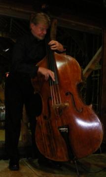 Mike Porter-Ward Bass Player